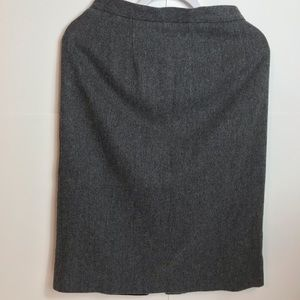 Worthington 100% wool pencil skirt